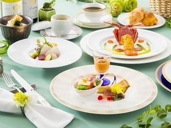 秋田キャッスルホテル 料理・ケーキ画像2-2