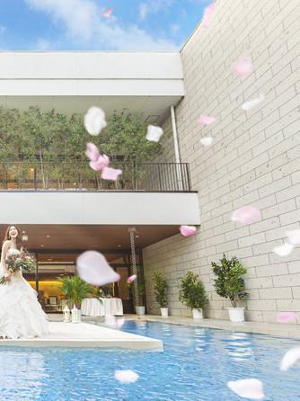 ヴィラルーチェ すべての人が笑顔になれる結婚式場画像1-2