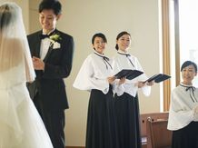 HOTEL HANSHIN OSAKA(ホテル阪神大阪) チャペル(やさしい木の温もりと光に満ちたチャペル)画像2-5