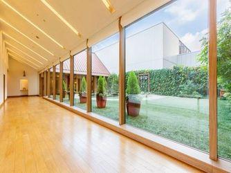 HOTEL HANSHIN OSAKA(ホテル阪神大阪) チャペル(やさしい木の温もりと光に満ちたチャペル)画像2-1