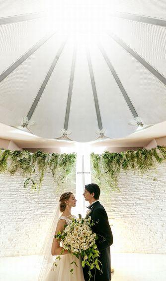 ホテル阪急インターナショナル チャペル(天窓からの陽光が差し込む、感動チャペル)画像2-1