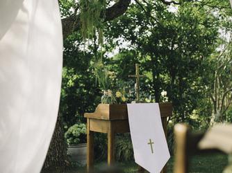 鞘ヶ谷ガーデン アグラス(Sayagatani garden aglass) チャペル(大きなクスノキの下でガーデン挙式)画像2-3