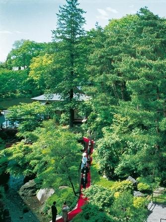 Royal Garden Palace 八王子日本閣 神殿(「縁結びの神」をまつる御殿山神殿)画像1-2