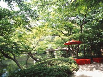 八芳園 庭園1画像2-2