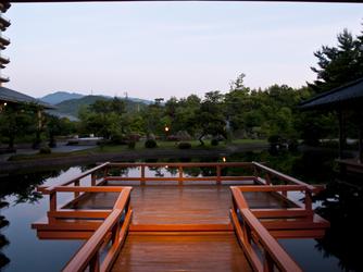 ホテル泉慶・華鳳 庭園画像2-4