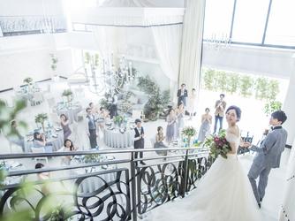 アルカンシエル横浜 luxe mariage チャペル(『新横浜駅徒歩2分!』開放感溢れる上質W)画像2-3