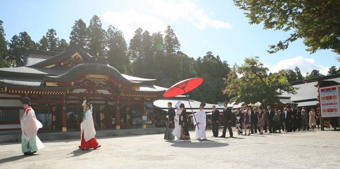 アートホテル盛岡 神社(盛岡八幡宮での挙式)画像1-1
