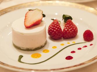 HOTEL NEW OTANI SAGA(ホテルニューオータニ佐賀) 料理・ケーキ4画像2-1