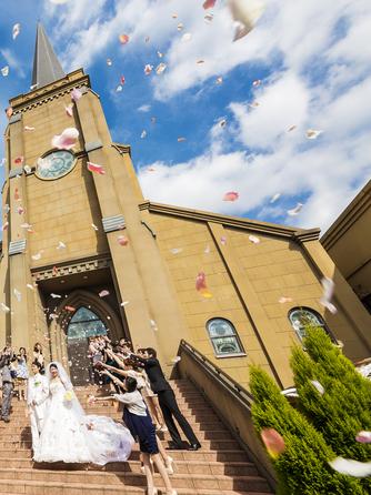 L'celmo 八代(エルセルモ八代) チャペル(花嫁が美しく見えるドレス映え大聖堂)画像1-2