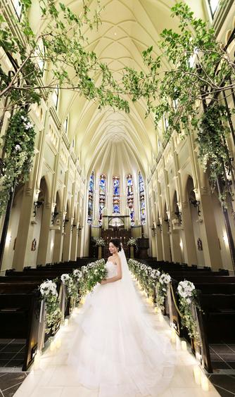 L'celmo 八代(エルセルモ八代) チャペル(花嫁が美しく見えるドレス映え大聖堂)画像2-1