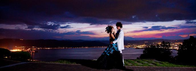 マリエール諏訪 ロマンティックなナイトウェディングも人気画像2-1