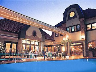 薔薇舘The Balakan Art Resort(ザ バラカンアートリゾート) 薔薇とアートスタイルがあふれるリゾート画像2-3