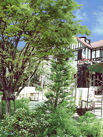 薔薇舘The Balakan Art Resort(ザ バラカンアートリゾート) 薔薇とアートスタイルがあふれるリゾート画像1-1