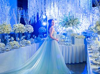グローヴ ウィズ アクア スタイル 音×光×映像で100人100色の結婚式画像2-1