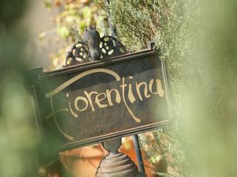 フィオレンティーナ セレモニースペース(森の中のガーデン挙式ーフィオレンティーナ)画像1-1