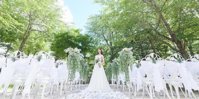 プレミアホテル 中島公園 札幌 中島公園の緑溢れる邸宅風貸切ウェディング画像1-1