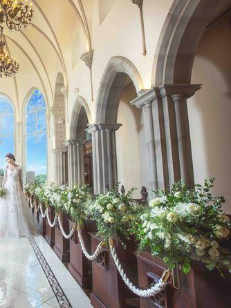 アメイジンググレイス チャペル(ゴシック調の美しい大聖堂グレイスチャペル)画像1-2