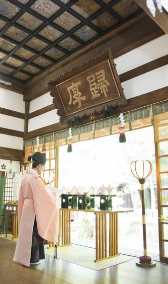 尾山神社 結婚式場 金渓閣 神殿(尾山神社 拝殿)画像2-1
