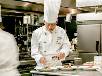GAMAGORI CLASSIC HOTEL(蒲郡クラシックホテル) 料理・ケーキ画像1-2
