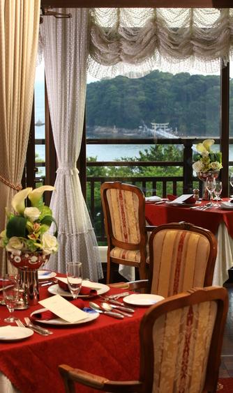 GAMAGORI CLASSIC HOTEL(蒲郡クラシックホテル) メインダイニング画像2-1