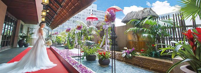 バリラックス・ザ・ガーデン梅田 セレモニースペース(他にはない30mのバージンロードは圧巻)画像1-1