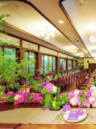 フレンチレストラン 千秋亭 四季折々の自然に囲まれた和モダン空間画像1-1