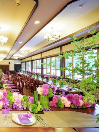 フレンチレストラン 千秋亭 四季折々の自然に囲まれた和モダン空間画像1-2