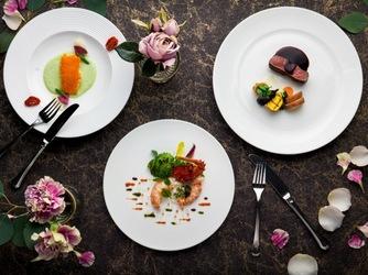 ホテルキャッスル(HOTEL CASTLE) お二人らしい料理とフロア貸切でもてなしを画像2-4