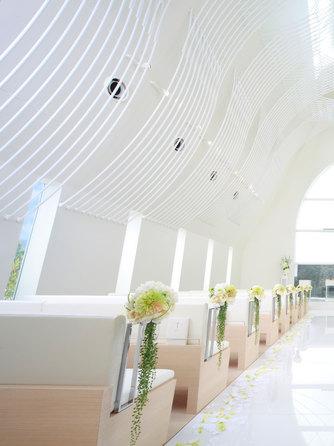 ハミングプラザVIP新潟 チャペル(360度純白の教会 セント ヴォワール)画像1-1