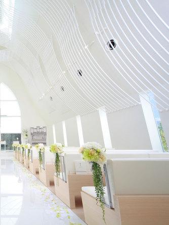 ハミングプラザVIP新潟 チャペル(360度純白の教会 セント ヴォワール)画像1-2