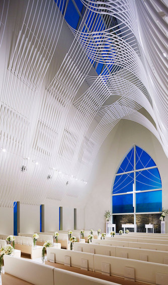 ハミングプラザVIP新潟 チャペル(360度純白の教会 セント ヴォワール)画像2-1