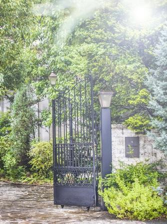 アンジュールハウス 森に囲まれた貸切邸宅での幸せなひと時を画像1-2