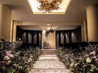マリーゴールド門司港迎賓館 重厚感溢れる披露宴会場画像2-2