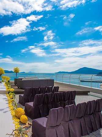 鳥羽国際ホテル セレモニースペース(【テラス人前式】見渡す限り広がる海と空)画像1-2