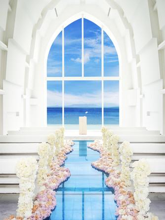 ARLUIS SUITE ~海の教会~ (アールイズ・スイート):プライベート感に包まれた空間は、南国ならではの憧れを思いのままに叶えられる