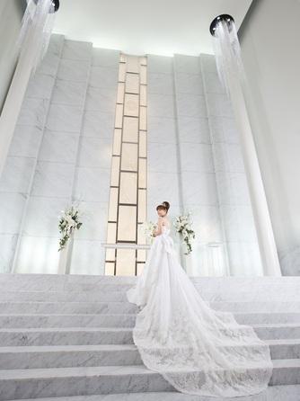 W THE STYLE OF WEDDING セレモニースペース(純白のチャペルと桜島を眺めて過ごす1日)画像1-2