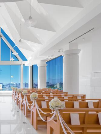 盛岡グランドホテル チャペル(天空のチャペル -ジョワイヨ・イマキュレ-)画像1-2