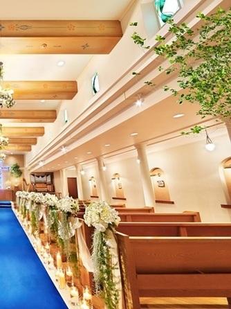 新横浜国際ホテル ウェディングマナーハウス セレモニースペース(モン・サン・ミッシェル認定サント・セシル)画像1-2