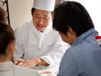 ロイヤルオークホテル スパ&ガーデンズ 料理・ケーキ1画像2-1