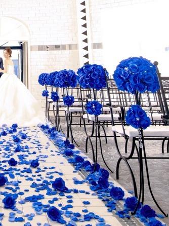 プライベートリゾート カリメーラ チャペル(青い輝きに包まれたブルーローズチャペル)画像1-2