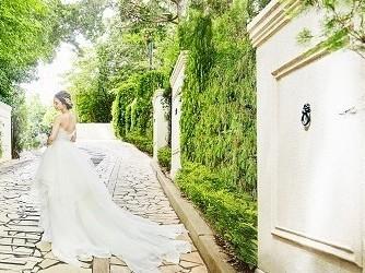 アーカンジェル迎賓館 天神 森の中に佇む1700坪の貸切リゾート邸宅画像1-4