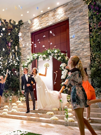 Wedding Terrace(ウエディングテラス) 屋内ガーデン×ワンフロア貸切ウエディング画像1-2