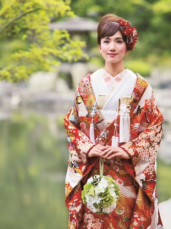 THE MARCUS SQUARE KOBE (ザ マーカススクエア 神戸) 衣裳2画像1-2