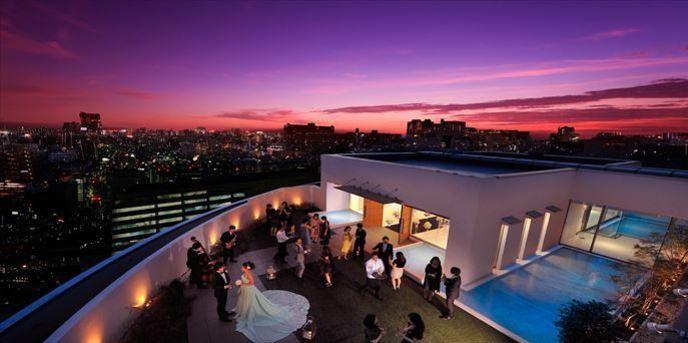 ベストウェスタン レンブラントホテル東京町田 開放感あるガーデンチャペル画像1-1