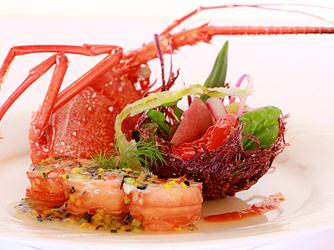 百名伽藍(GARAN WEDDING):感性豊かな美味が揃う婚礼会席。宴を彩る華やかな料理は、心に残る一皿