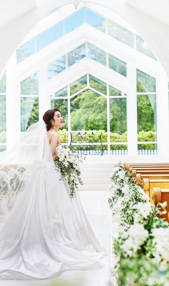 セントアクアチャペル仙台 チャペル(森の都仙台で家族愛に満ちた結婚式が叶う)画像2-1