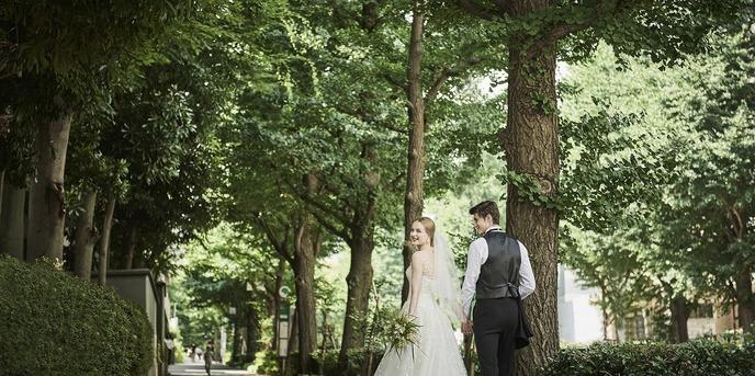 """旧軽井沢ホテル:都心から1時間のリゾートウェディング 森を庭に持つホテル""""と呼ばれるロケーション"""