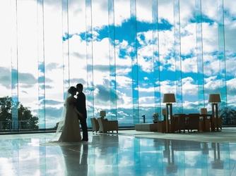 ザ・ウィンザーホテル洞爺リゾート&スパ:まるで空に浮かんだような【天空のホテル】で豊かな滞在Wを。