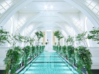ANELLI 長岡(アネーリ 長岡) チャペル(クリスタルチャペルと水と緑の大階段)画像1-2