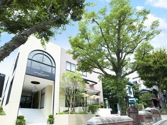 THE SEASONS LANDMARK KOBE KITANO 緑溢れる貸切邸宅で二人らしいウエディング画像2-1